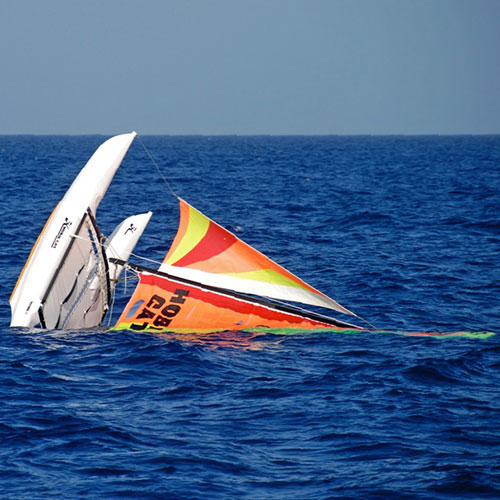 MV Tothill Finds 16′ Catamaran at Sea